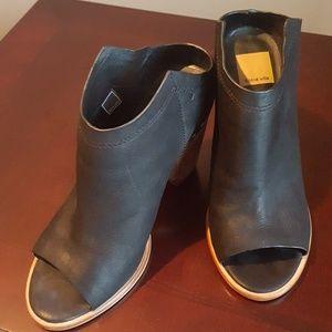 Solve Vita shoes